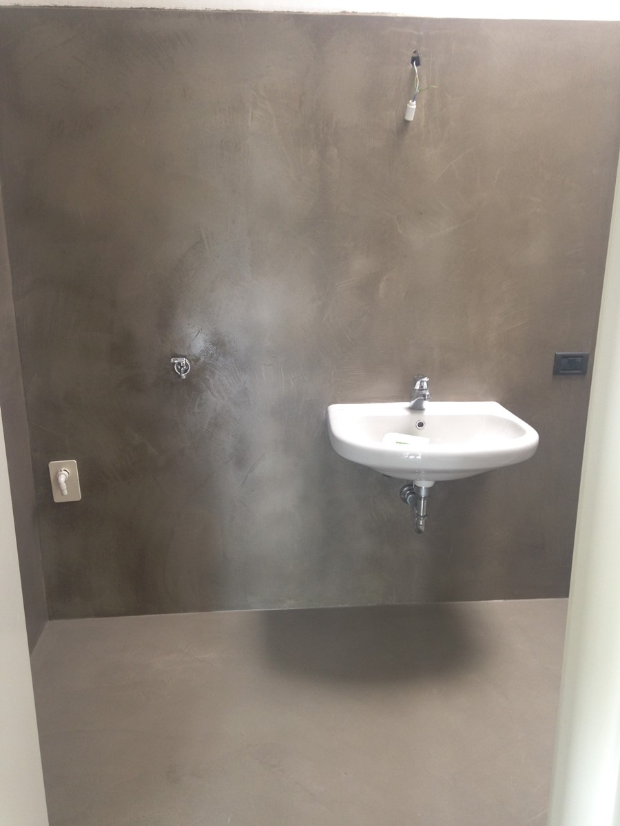 Rivestimenti Per Bagno In Resina bagni con rivestimenti in resina - pavimenti in resina